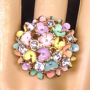 Rare Cluster flowers Rhinestones Sexy Ring